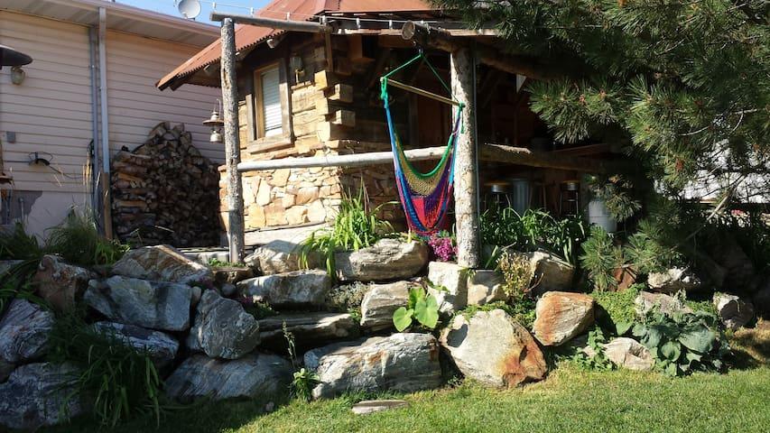 Mountian Paradise 1 - Eden
