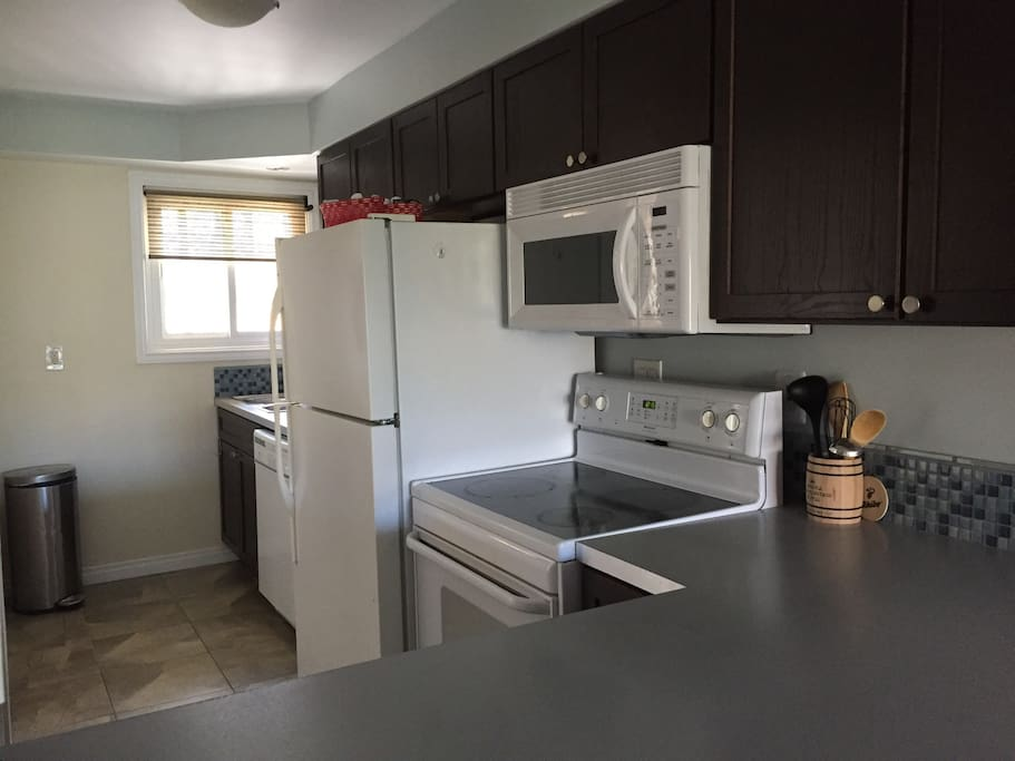 Fully equipped kitchen with Keurig coffee maker to start your day!
