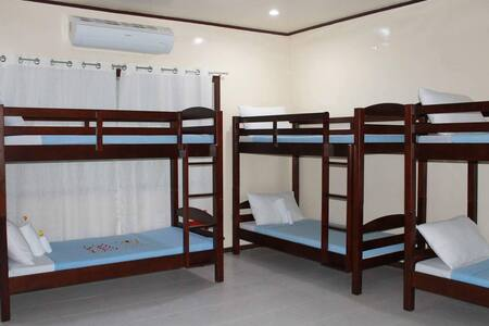 Bougainvillea Room - Arapal Nature Retreat