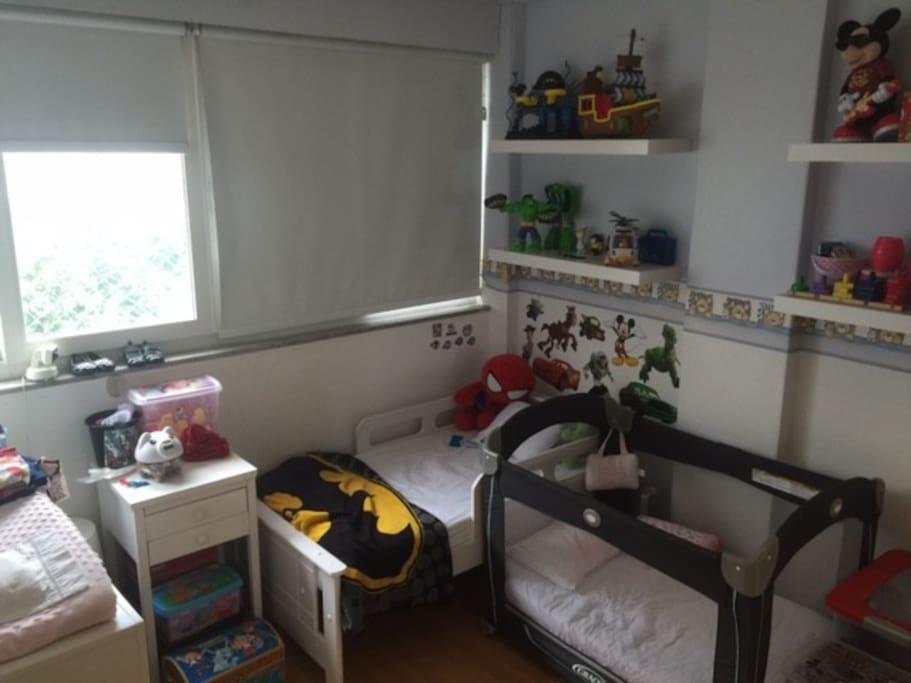Quarto Criancas Cama e berco/ Kids Room Bed and Crib