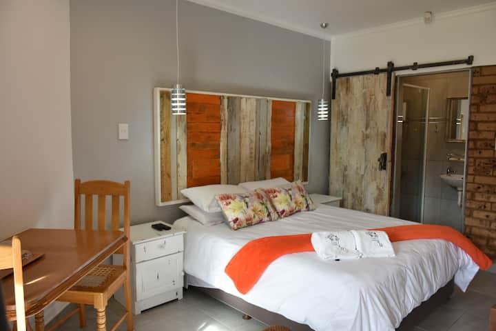 Guest House 4 U Room 4