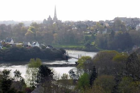 Maison avec vue sur la rivière et Tréguier - Plouguiel