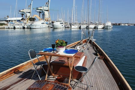 Janabel Boat and Breakfast - Palerme - Bateau