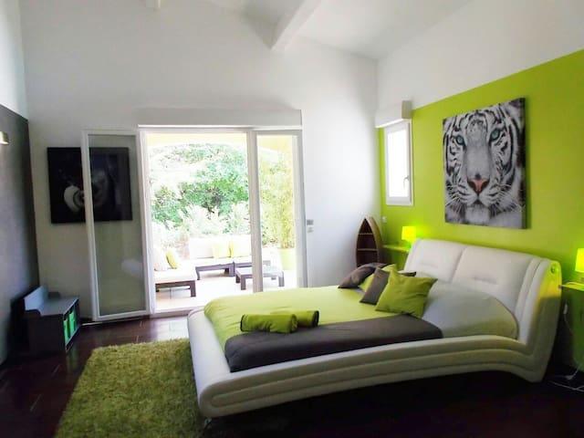 Belle chambre de 30m2 avec terrasse - Les Arcs - Rumah