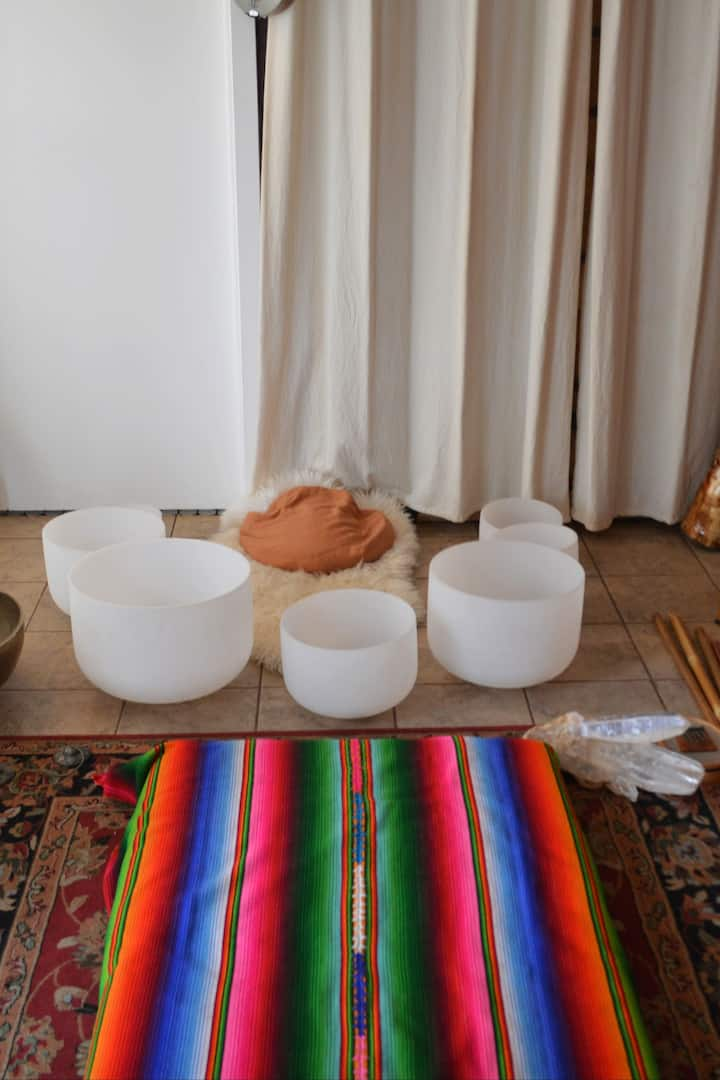 Crystal Singing Bowls w/ Powerful Voice