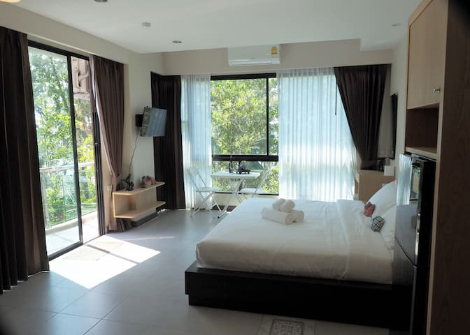 PakDee At NaithonC407-Private rooms with sea view.
