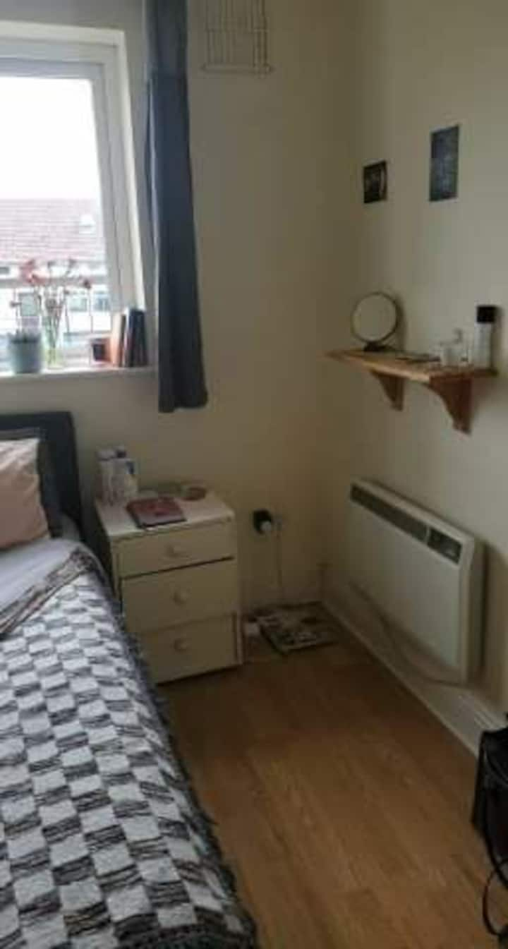 Rooms available close to city centre Galway