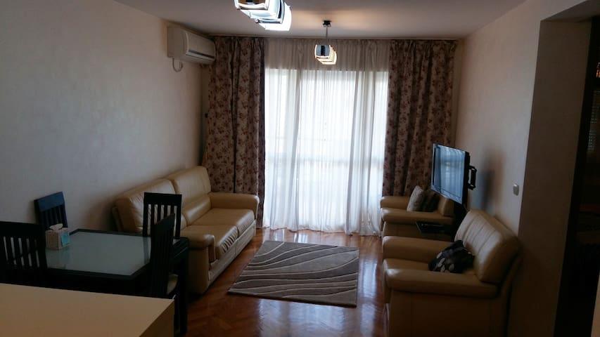 Apartments City - Bar, Montenegro (Centar grada)