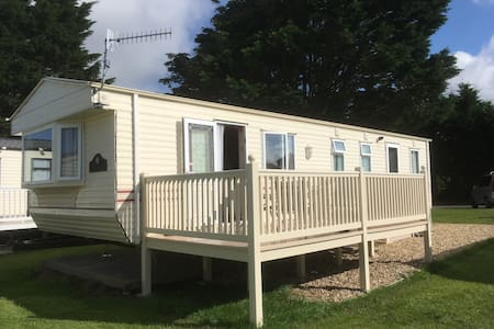 Dog friendly 8 berth Caravan for rental in Wales