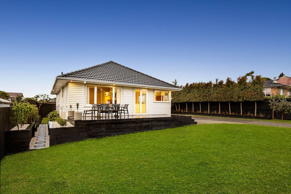 Dine outside on the deck and enjoy the large front lawn and fully fenced outdoor area.