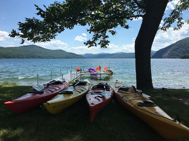 Comfort Cottage on the Point - Ticonderoga