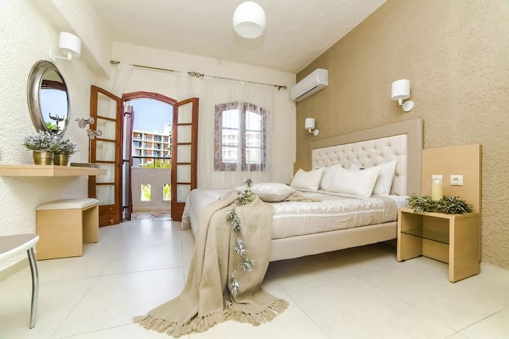 Stelios Gardens - Studio Close to the Beach