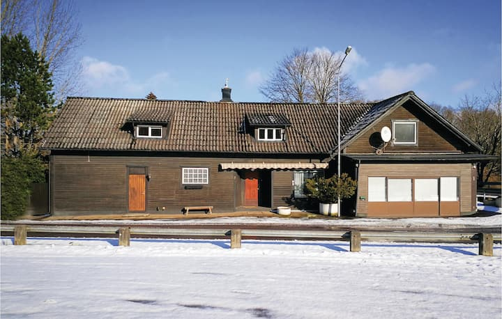 Beautiful home in Knäred with 6 Bedrooms
