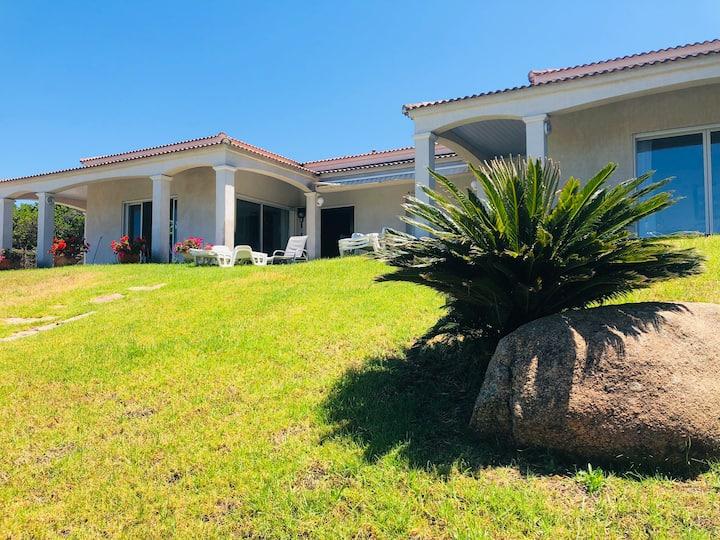 Villa 200 m2 vue mer et piscine  Porticcio Molini