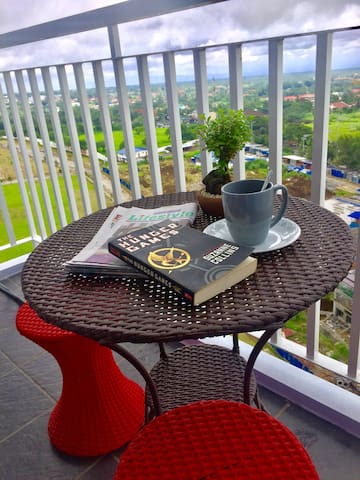 Cool and Breezy - Tagaytay 1BR home By TEAM G