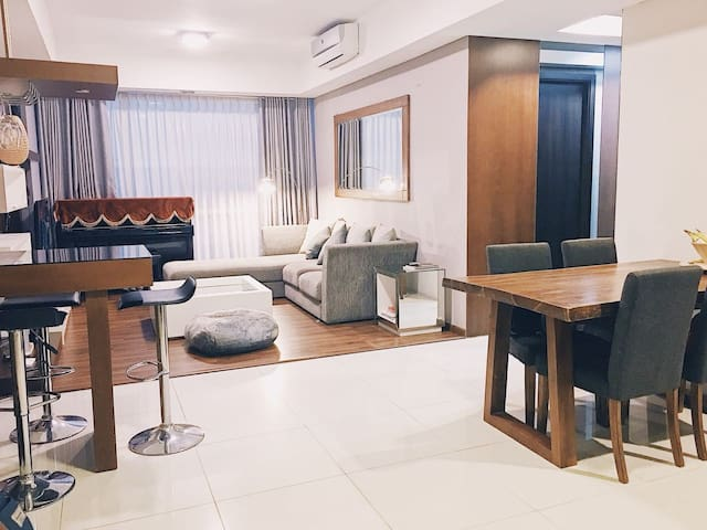 2BR Comfy & Luxurious Apartment Kemang Village