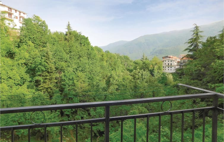 Holiday apartment with 1 bedroom on 40m² in Cosio d'Arroscia