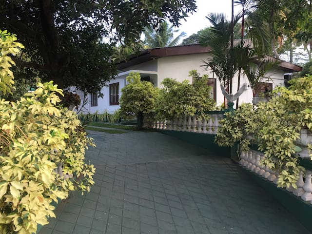 Happy Villa - Negombo - Pension