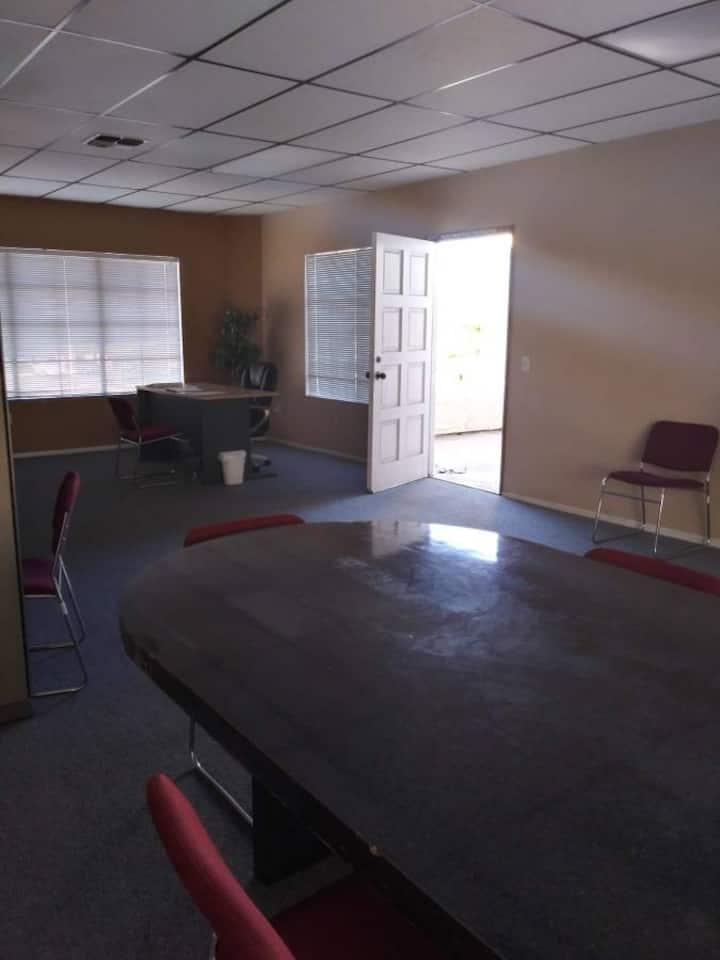Private office space for day use (7AM - 9:00PM).