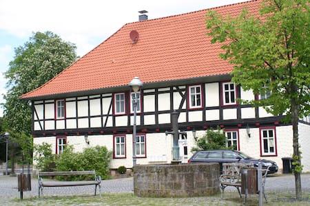 """Außergewöhnlich Ferienhaus """" Am Schloß """" Eichsfeld - Teistungen - Lägenhet"""