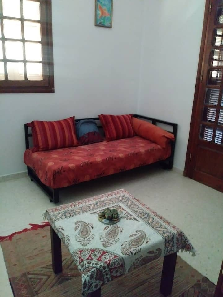 Cosy Private room within a family female only
