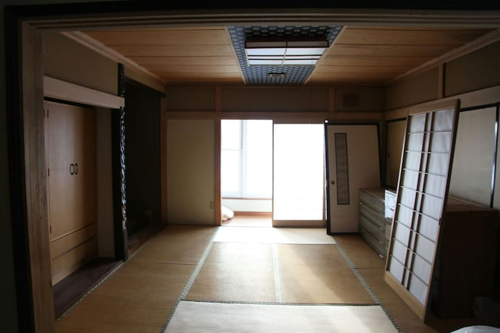 Bed in 7 japaneseBed Mixed Dormitory Room - rusutu village - Dom