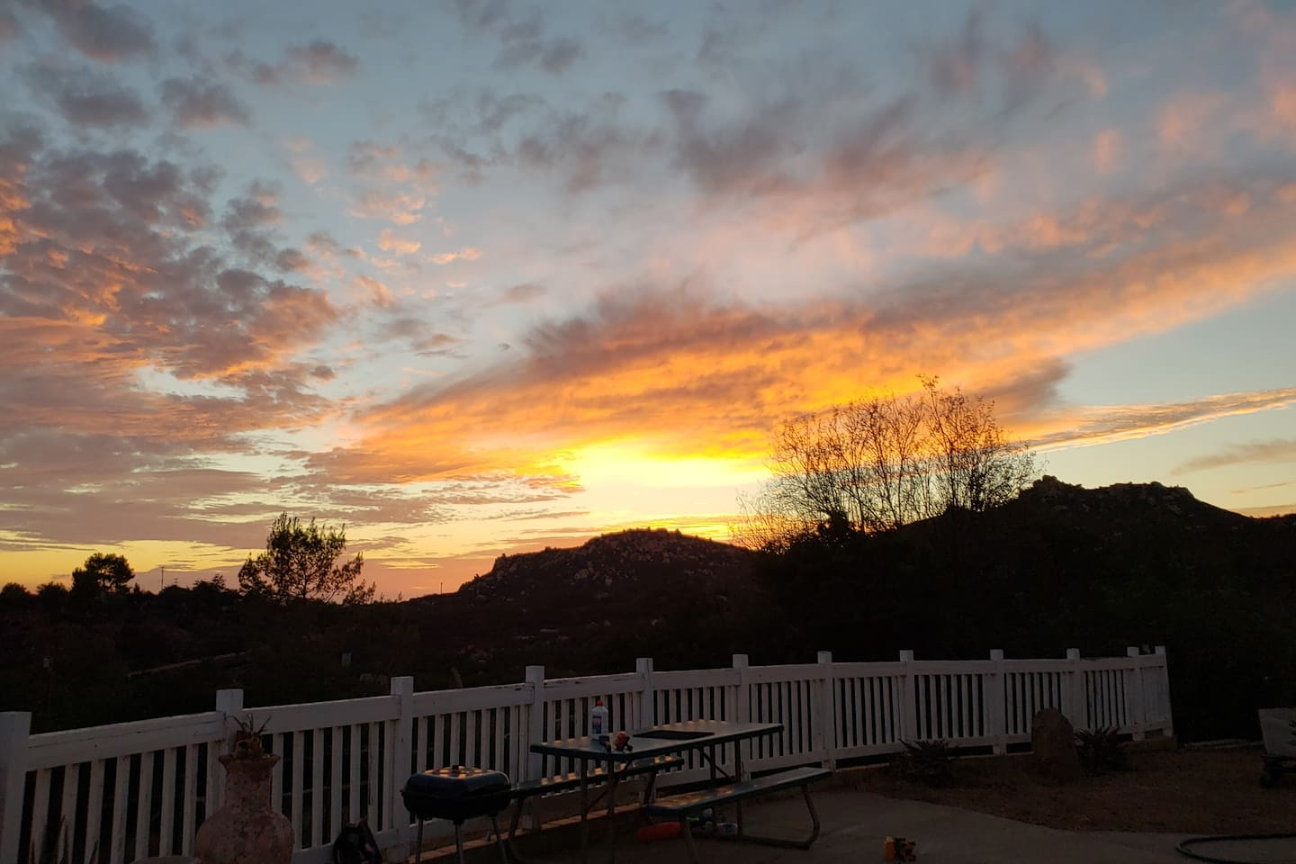 Cant miss the Amazing Sunset on the porch!