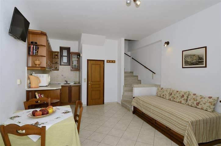 Achinos Apartments House