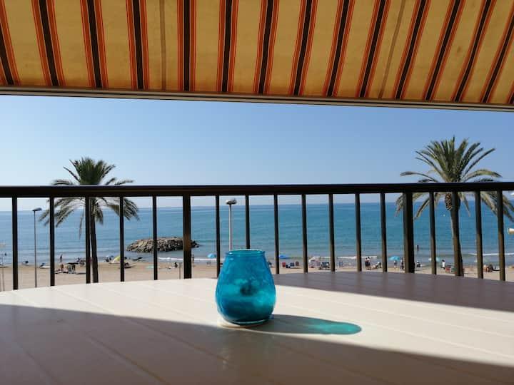 Los Viñedos, primera linea de playa.HUTT-039797-30