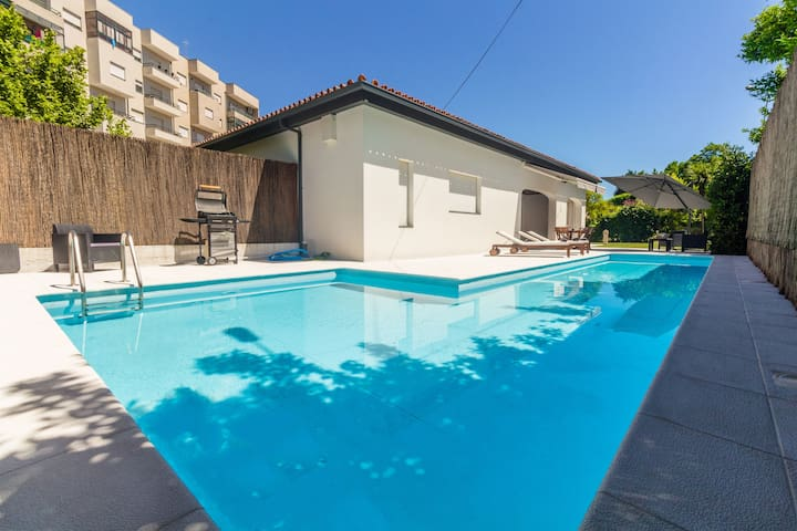Quinta de Infias - Villa with Pool close to City Center