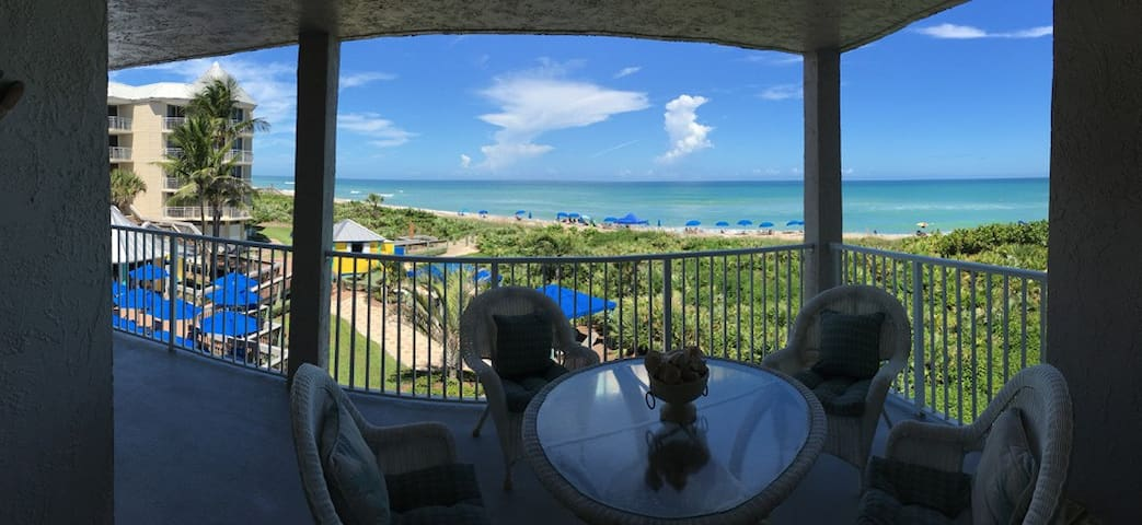 Indian River Plantation Beach Front Condo - Stuart