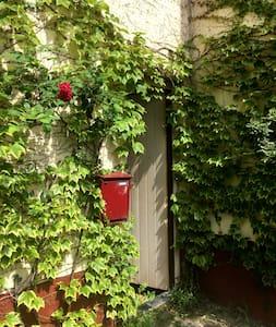 Chambre aux Marolles (Bruxelles centre) - Bruxelles