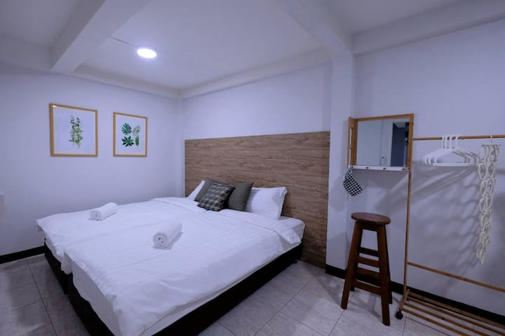 50%off | 2BR 400m to MRT , ❤ city , Why stay far?