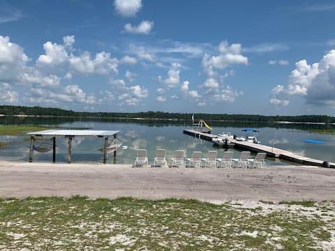 """The """"Crystal Lake Getaway """" in Keystone Heights FL"""