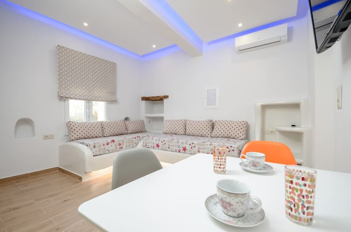 Naxian Dream Deluxe Apartment 4 pax