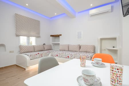 Naxian Dream Deluxe Apartment 4 pax