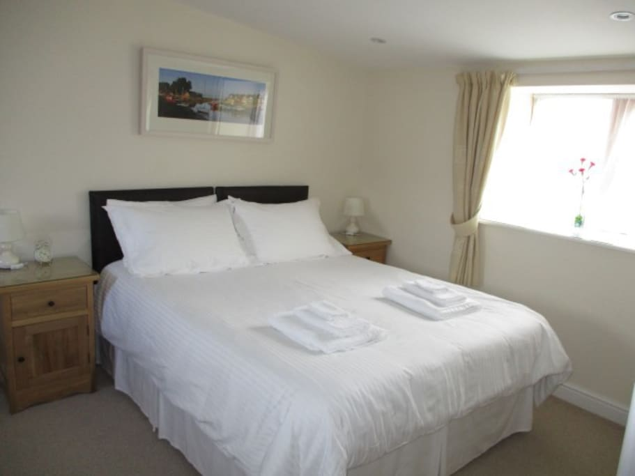 Room 2: Abersoch - Shown as a double room
