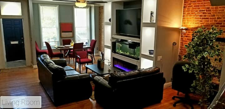 Junior Suite II with Smart TV free Wifi & Air Tub