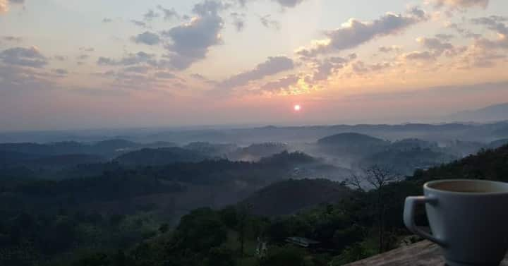 Cozy house with picturesque view, Chiangrai Valley