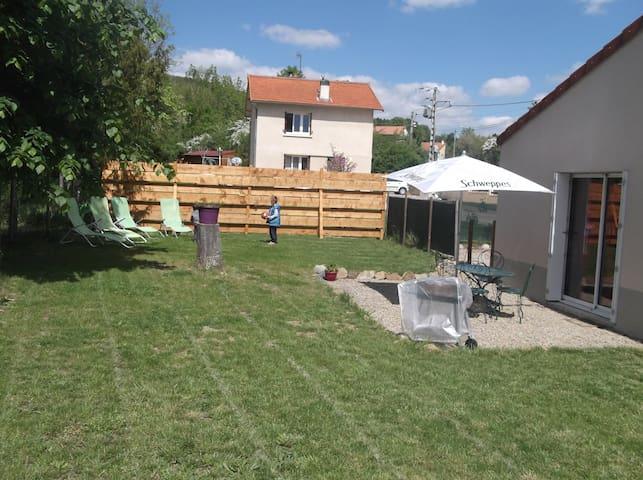Maison avec jardin à Combronde - Combronde