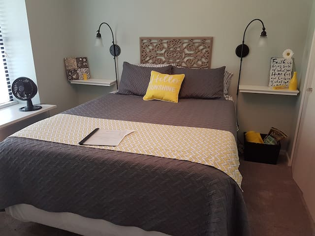 Private Bed and Bath Near Zona Rosa