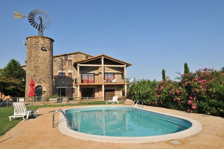 Espectacular Molino-Masia para 24+4 - Bescanó - Huis