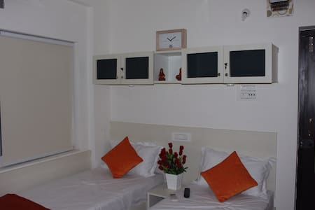 Luxury Bed and Breakfast - Hyderabad