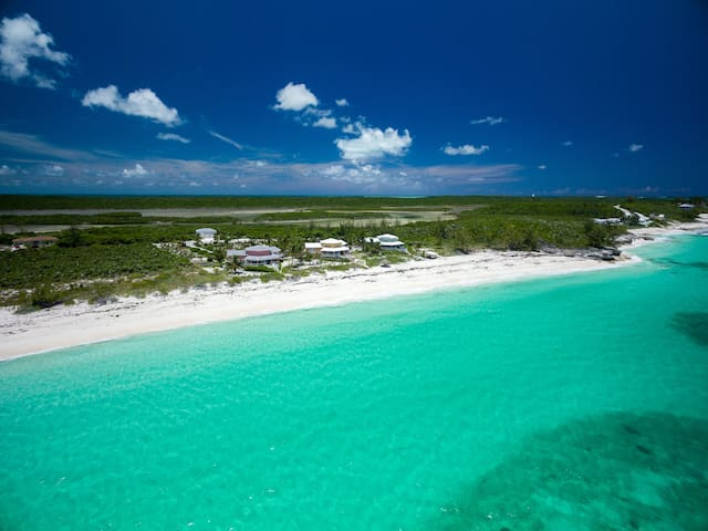 Sugar Beach Manse in Great Harbour Cay - Great Harbour Cay - Haus