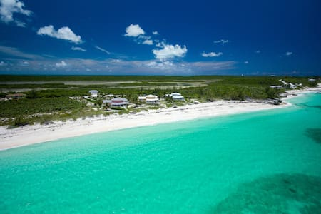 Sugar Beach Manse in Great Harbour Cay - Great Harbour Cay - House