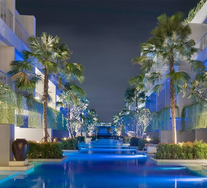 Suite Lagoon Pool