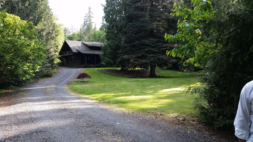 Gorgeous Renovated Historic Lodge - Oregon City - Rumah
