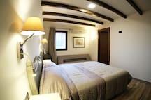 Habitación 03, sofá cama adicional