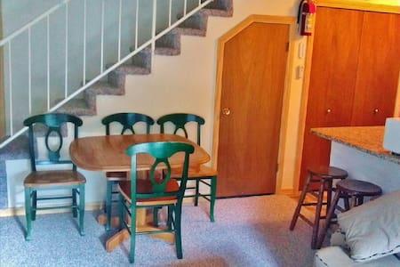 Point Condo Near Canyonside Lodge - Beaver - Apartamento