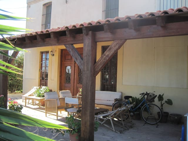ROOMS IN A PRIVATE HOUSE - Almàssera - Penzion (B&B)